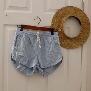 Billabong shorts (Size M)